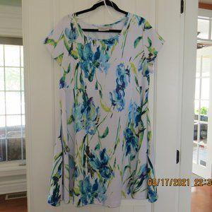 NWOT Avenue Dress 18/20